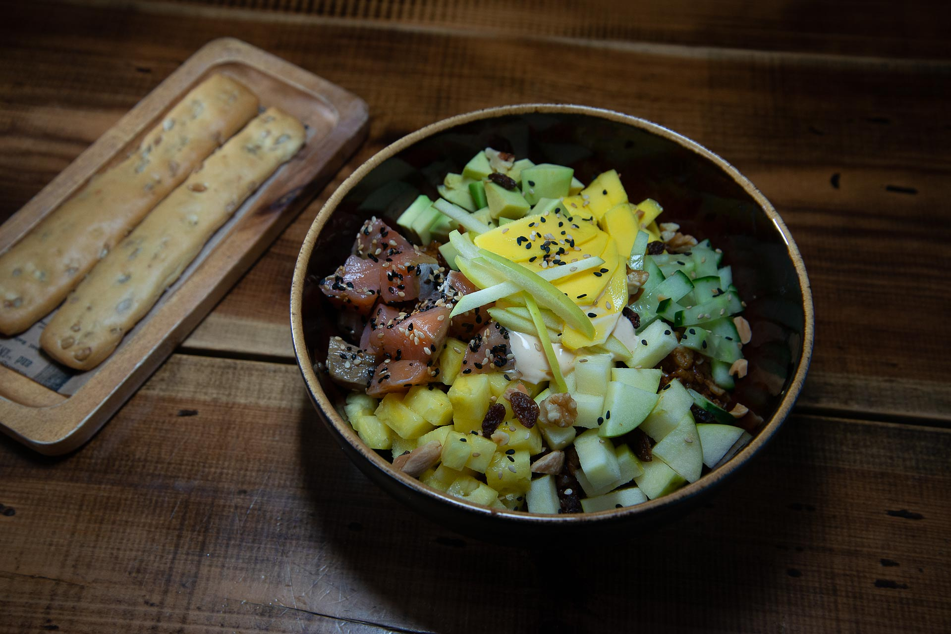 poke-bowl-salmon-02